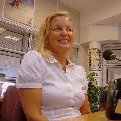 Lappeenrantalainen kirjailija Annamari Marttinen vieraili Etelä-Karjalan Radion keskiviikkovieraana.