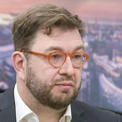 Liikenne- ja viestintäministeri Timo Harakka