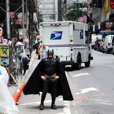Batman-hahmo Times Squaren läheisyydessä New Yorkissa kesäkuussa 2013.