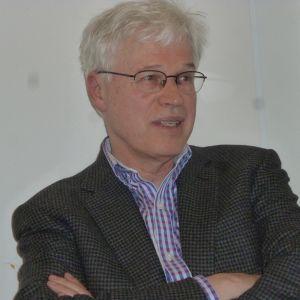 Professori Bengt Holmström