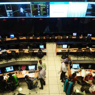 Intialaistutkijoita Bangaloren avaruustutkimuskeskuksessa.