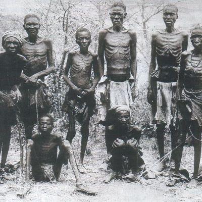 Nälkiintyneitä miehiä