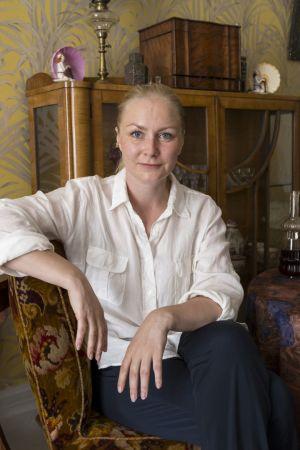 Zaida Bergroth Marian paratiisin lavasteissa