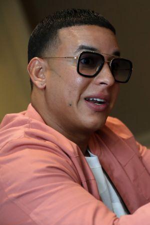 Daddy Yankee, oikealta nimeltään Ramon Luis Ayala, on kansainvälisesti tunnettu rap-artisti Puerto Ricosta.