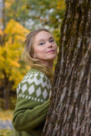 Tanja Carita Ikonen kotonaan Sandvikassa, Norjassa.