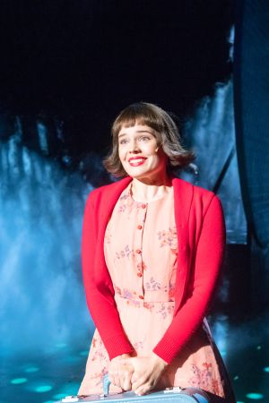 Amélien roolissa on Turun kaupunginteatterissa Marketta Tikkanen