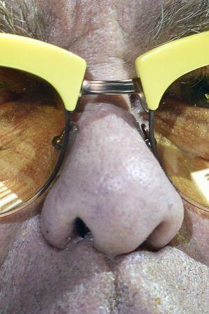 Elton Johnin silmälasit.