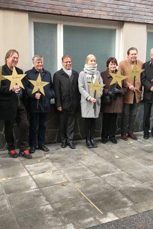 Tampereen Walk of Famen avajaisissa paljastettiin tähtiä musiikkimaailman merkkihenkilöille.