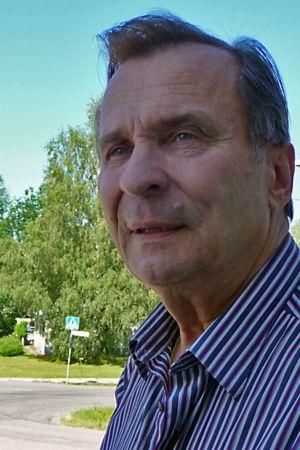 Reijo Taipale kotikylällään Miehikkälässä