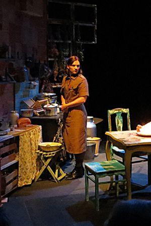 Puhdistus-näytelmä Kemin kaupunginteatterissa.