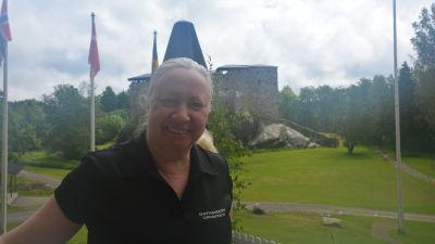 Anne Ingman vid Raseborgs slott.