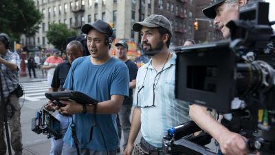 Regissören Jon M. Shu och musikalens skapare Lin-Manuel Miranda under inspelningen av In the Heights.