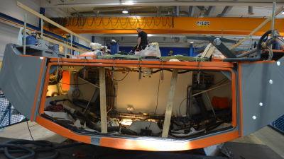 Nya segelbåtar byggs vid Nautors BTC Center på Alholmen
