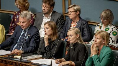 Hallitus eduskunnan istunnossa 12.9.2019