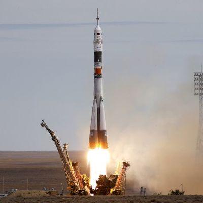 Sojuz TMA-18M –alus laukaistiin Baikonurin avaruuskeskuksesta.