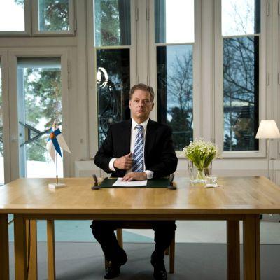Presidentti Sauli Niinistön uudenvuodenpuheen nauhoitus Mäntyniemessä Helsingissä 31. joulukuuta 2012.