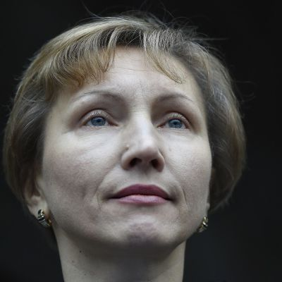 Marina Litvinenko Korkeimman oikeuden edustalla Lontoossa 21. tammikuuta 2016.