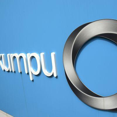 Outokummun logo yhtiön pääkonttorilla Espoossa 23. heinäkuuta 2015.