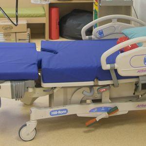 Sairaalasänky.