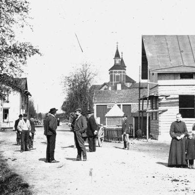 Kannuksen kylänraittia vuodelta 1907.