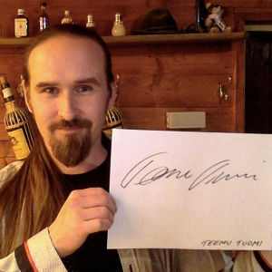 Teemu Tuomi osallistuu Seinäjoen Tangomarkkinoiden laulukilpailuun.