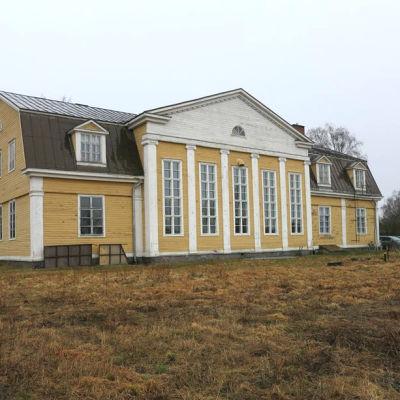 Fasaden på Malax UF:s Bygdegård.