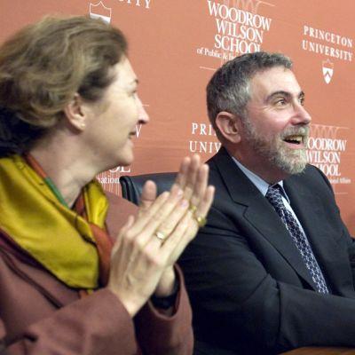 Anne-Marie Slaughter kuvassa etualalla Paul Krugmanin kanssa vuonna 2008.