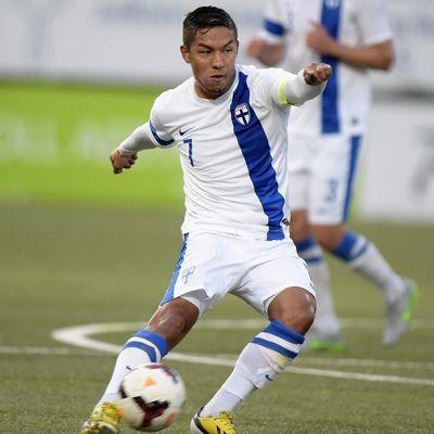 Moshtagh Yaghoubi teki kaksi maalia, kun Suomi voitti Färsaaret 3-0 21-vuotiaiden EM-karsintapelissä Vantaalla viime syyskuussa.