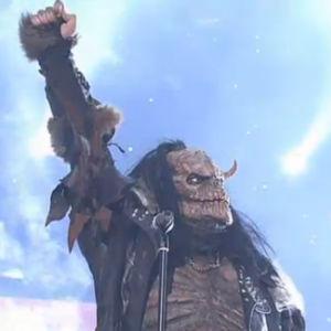 Lordi-yhtye voittotunnelmissa.