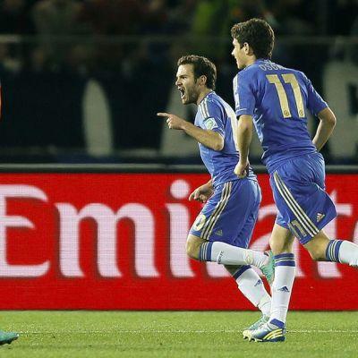 Juan Mata tuulettaa maaliaan Monterreyn verkkoon.