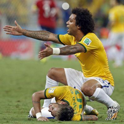 Neymar loukkaantui 2014
