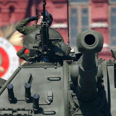 Voitonpäivän paraati Moskovan Punaisella torilla.