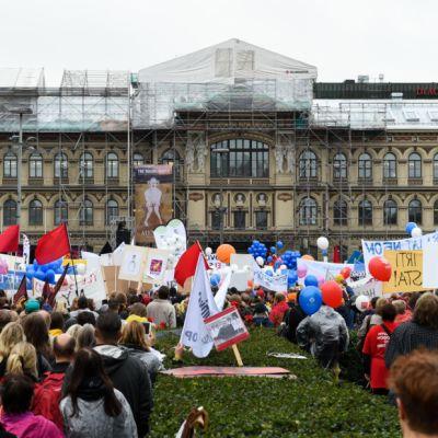 Labour demonstration at Helsinki Railway Square, September 18, 2015