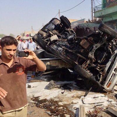 Yksi sunnuntain pommi-iskuista tapahtui Azizijassa, Irakin pääkaupunki Bagdadin eteläpuolella.