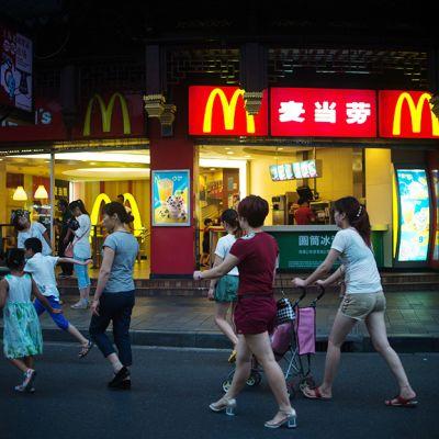 McDonald's-ravintola Shanghaissa 28. heinäkuuta.