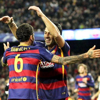 Barcelonan pelaajia juhlimassa