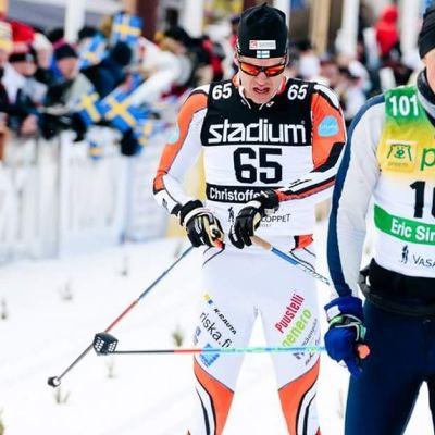 Christoffer Lindvall går i mål i Vasaloppet