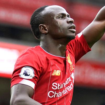 Sadio Mane firar mål i Liverpool.