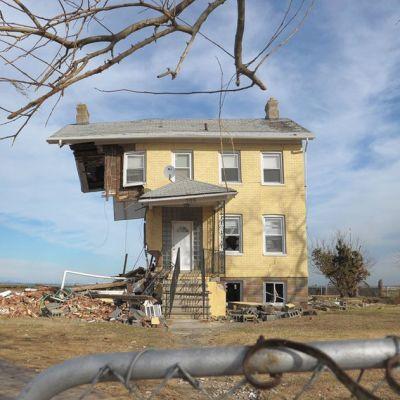 Sandy-myrskyn tuhoama rakennus New Jerseyssa joulukuussa 2012.