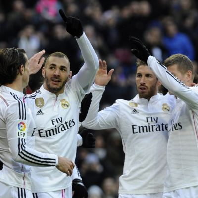 Real Madrid juhlii Karim Benzeman maalia.