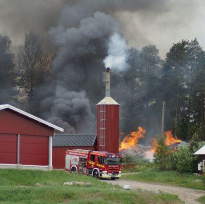 Stora skador i branden i Halikko
