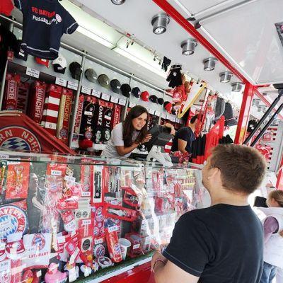 Bayernin fanikauppa Münchenissä, Saksassa toukokuussa 2012.