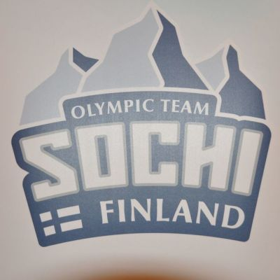 Sotshin Suomen olympiajoukkueen logo.