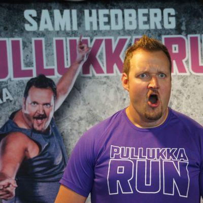 Kuvassa oikealla Sami Hedberg laihana ja vasemmalla lihavana.