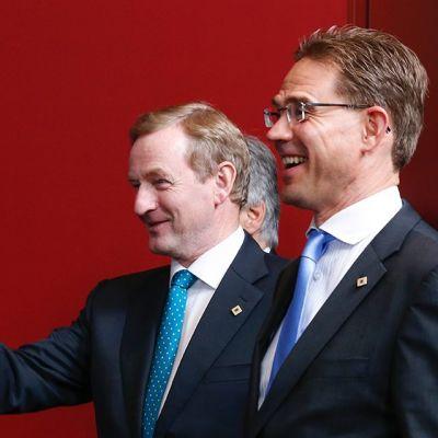 Irlannin pääminister Enda Kenny ja pääministeri Jyrki Katainen Brysselissä kesäkuussa 2013.