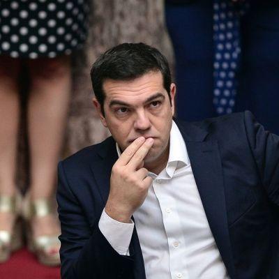 Kreikan pääministeri Alexis Tsipras Kreikan parlamentissa, kun uusi hallitus vannoi virkavalansa  3. lokakuuta 2015.