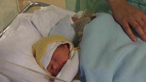 Nyfödd babyer på BB i Ekenäs
