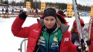Alexandra Enlund nöjd guldmedaljör.