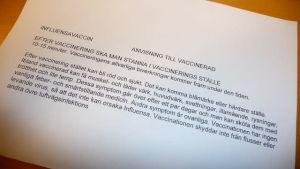 En dåligt översatt text på svenska med instruktioner till den vaccinerade.