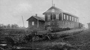 J.W. Suomisen nahkatehdas Nakkilassa